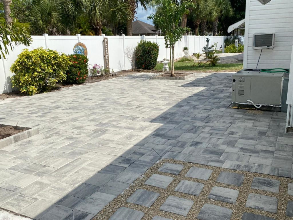 A paver patio designed by our team at JSBrick.