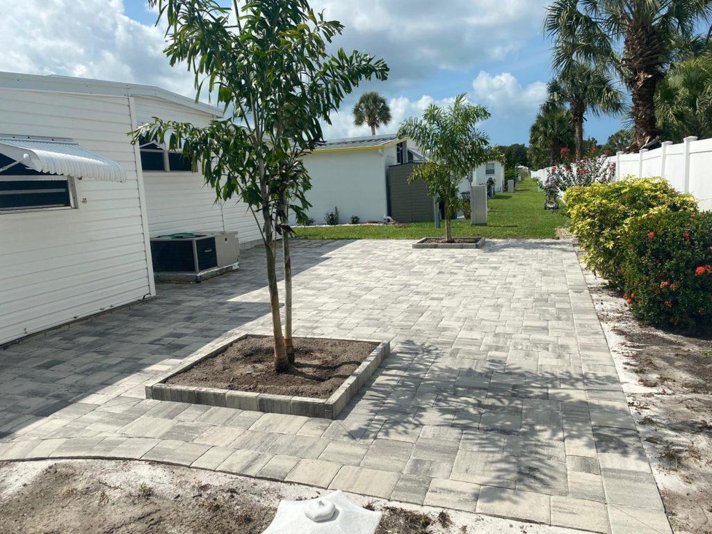 a paver patio